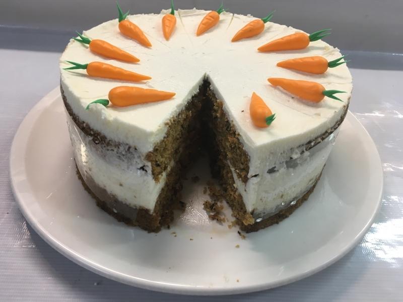 Торта морковена